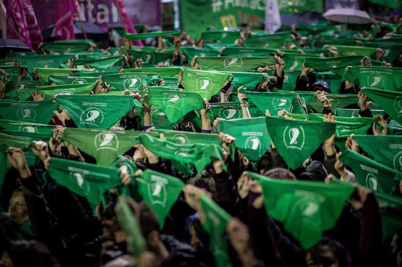 Resultado de imagen de pañuelo verde