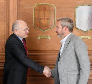 Nueva reunión entre el gobierno y el FMI • Canal C