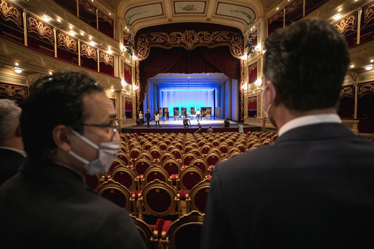 La Legislatura homenajeó al Teatro del Libertador San Martín • Canal C
