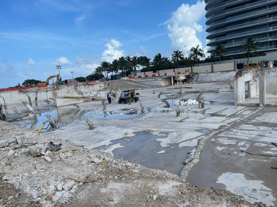 Son 97 los muertos por el derrumbe en Miami • Canal C